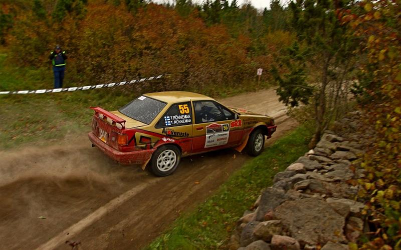 Tomi Rönnemaa ja Pasi Tiainen nappasivat EMV5-luokan voiton.